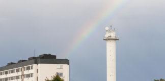 bredängstornet med regnbåge