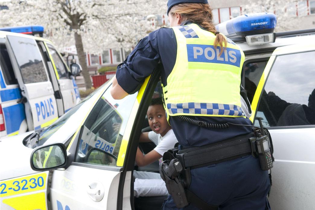 Hur är det att dejta en polis