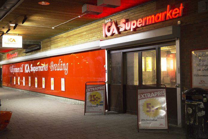Entré ICA Supermarket Bredäng