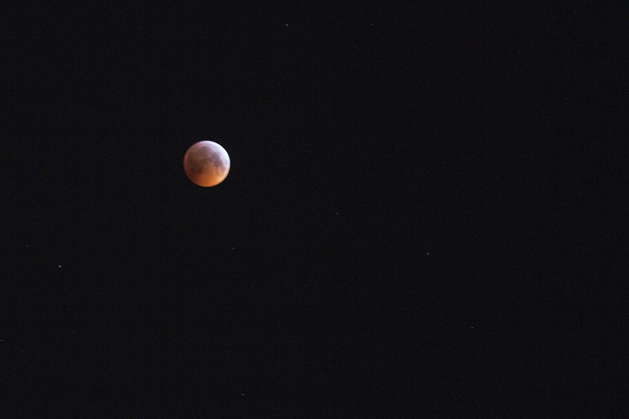 Blodmåne kl 5:38