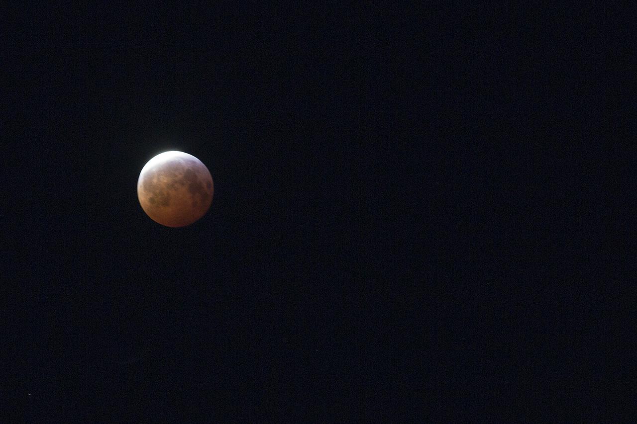 Blodmåne kl 6:50